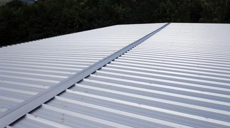 Rekonštrukcia strechy – ZŠ Zlatá, Rožňava
